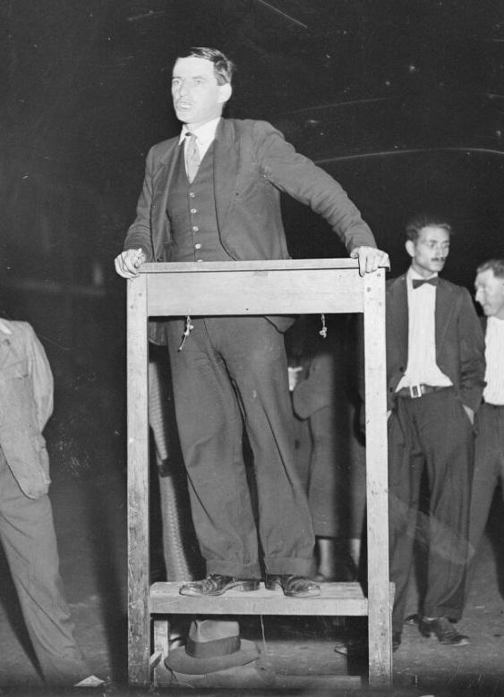 Lance Sharkey giving a speech, New South Wales, 9 December 1931