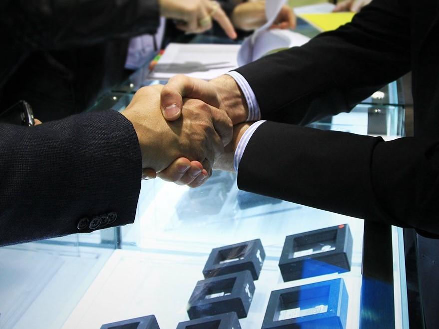 Handshake1.jpeg