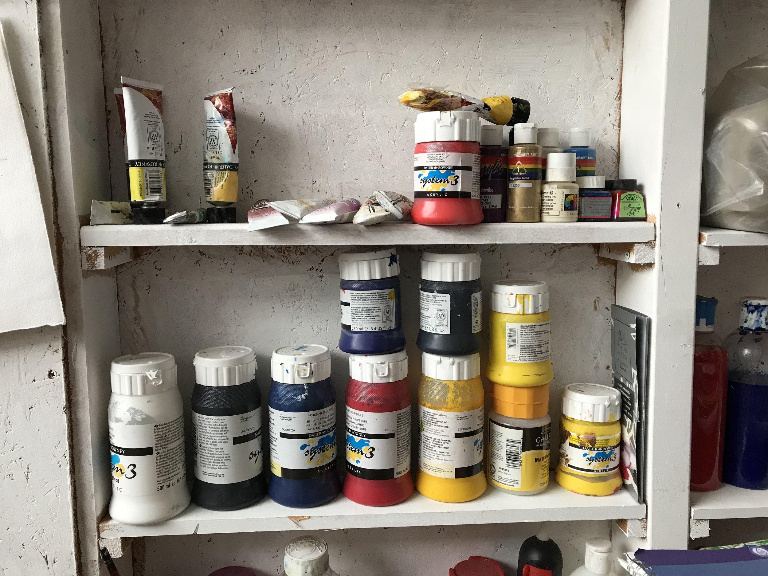 Artist Studios Stylist Shelves - 2.JPG