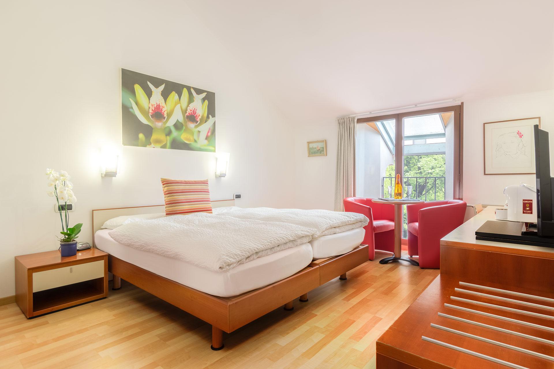 HotelZurigoDowntown-camera-312,-verde-68.jpg