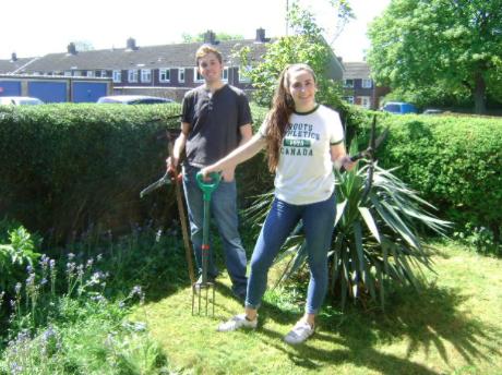 Good Neighbours Gardening -