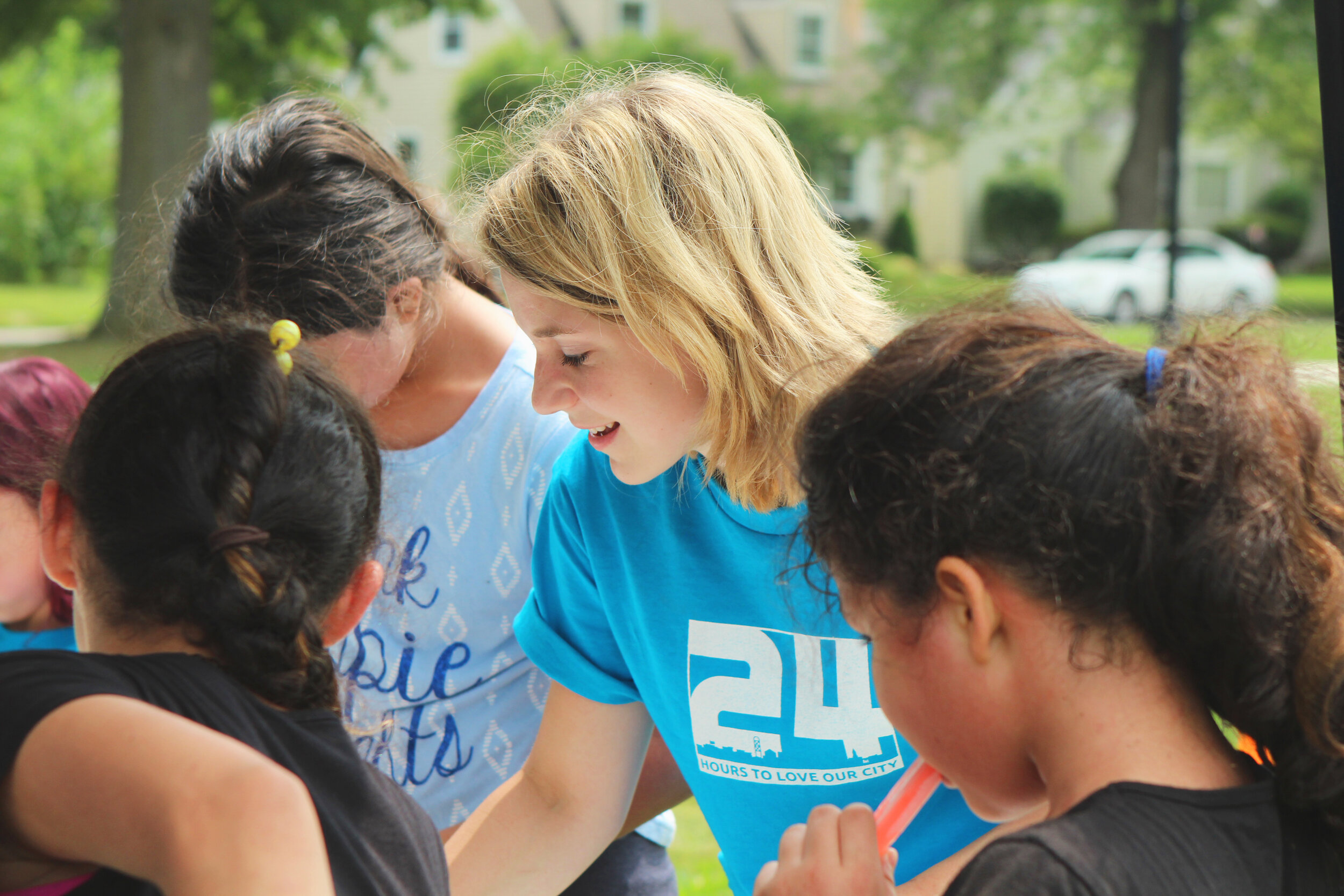 Volunteer with EMBS - EMBS Community College lunch time youth club
