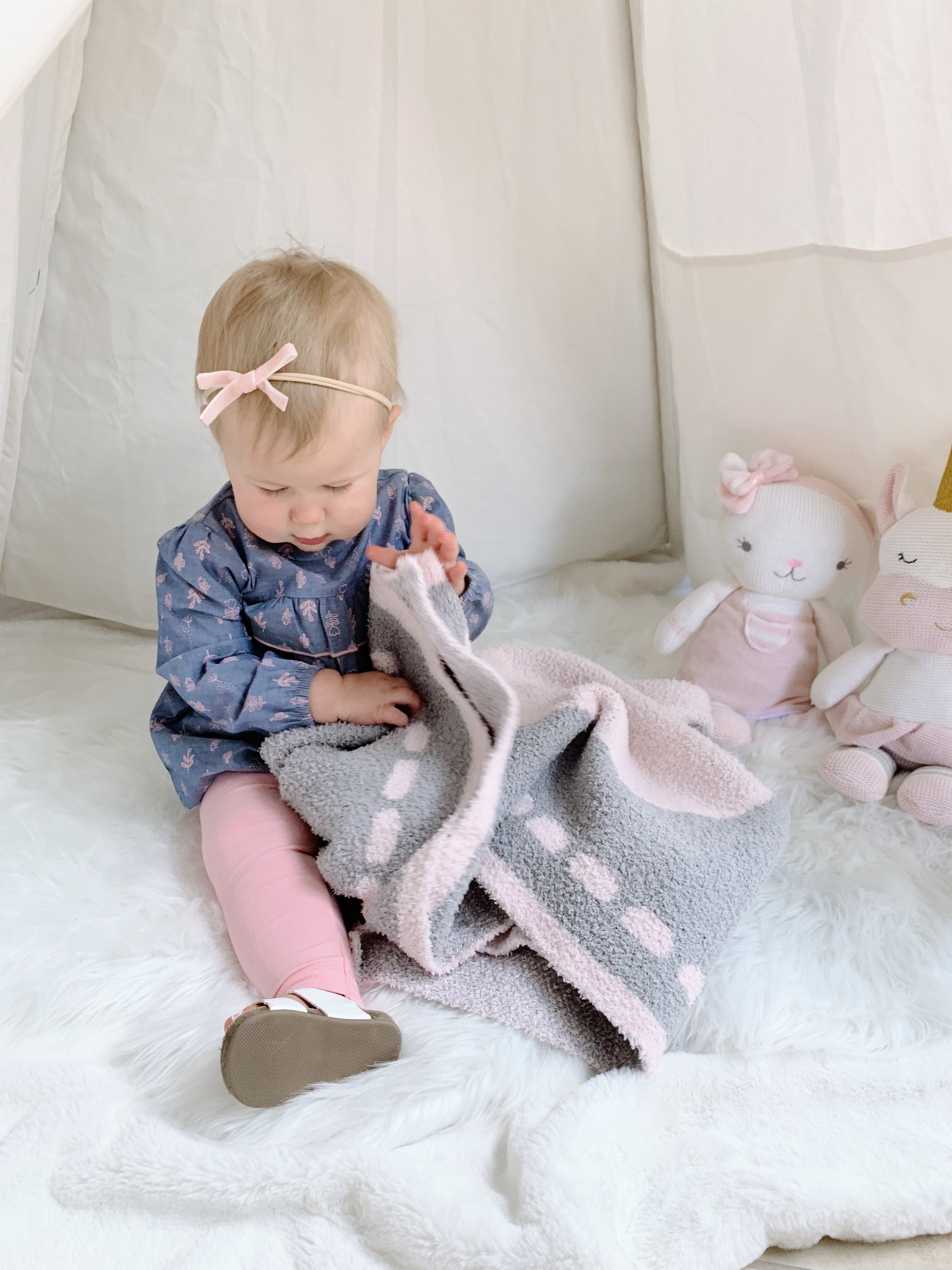 My little one already loves her Cozy Chenille Baby Blanket