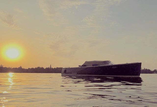 ABOUT LAST NIGHT A beautiful sunset with AdmiralsTender!  We got this nice picture from one of the AdmiralsTender owners. Do you want to share your experience too? You can send your perfect moments to AdmiralsTender via whatsapp 0650-210536 (Foppe-Jan)  #admiralstender #summertime #wakeboarding #tender #sloep #sloepen #varen #yachttender #lovemetender
