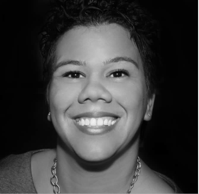 Rosa Clemente   Rosa Alicia Clemente is an Afro-Latinx political commentator, community organizer, independent journalist, and 2008 Green Party Vice-Presidential candidate.Rosa is the president and founder of Know Thy Self Productions, which has produced four major community activism tours and consults on issues such as Hip-Hop activism, media justice, voter engagement among youth of color, third party politics, intercultural relations between Black and Latinx, immigrants' rights as an extension of human rights, and universal healthcare. She is a frequent guest on television, radio and online media, as her opinion on critical current events is widely sought after.