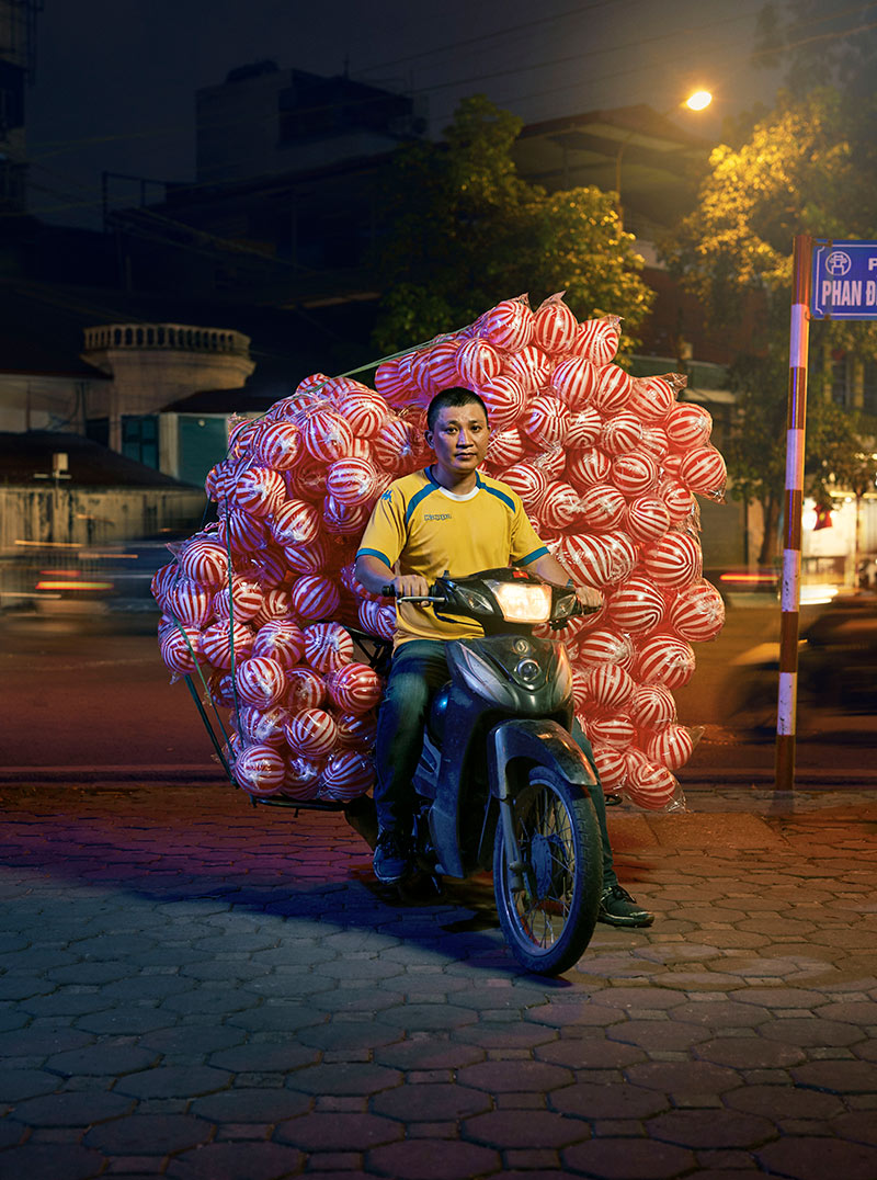 Hanoi_ball-man_rt.jpg