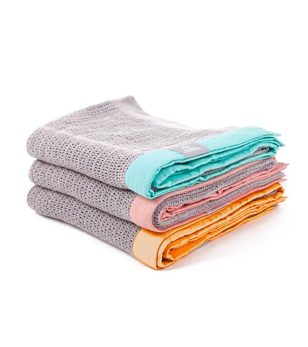 blanket_grey1-2.jpg