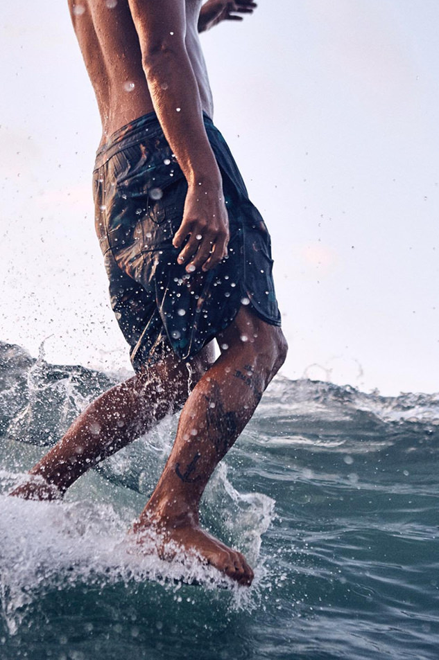 26_surfer.jpg