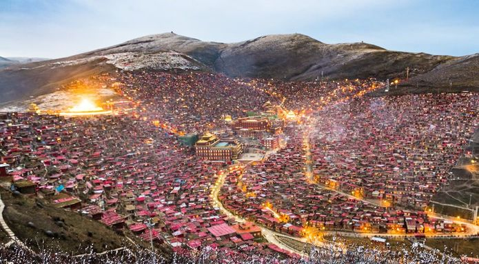 Larung Gar in the evening, 2016 (Jesse Rockwell)
