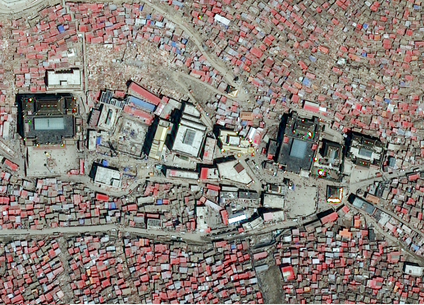 The centre of Larung Gar in January 2016 (Apollo Mapping)
