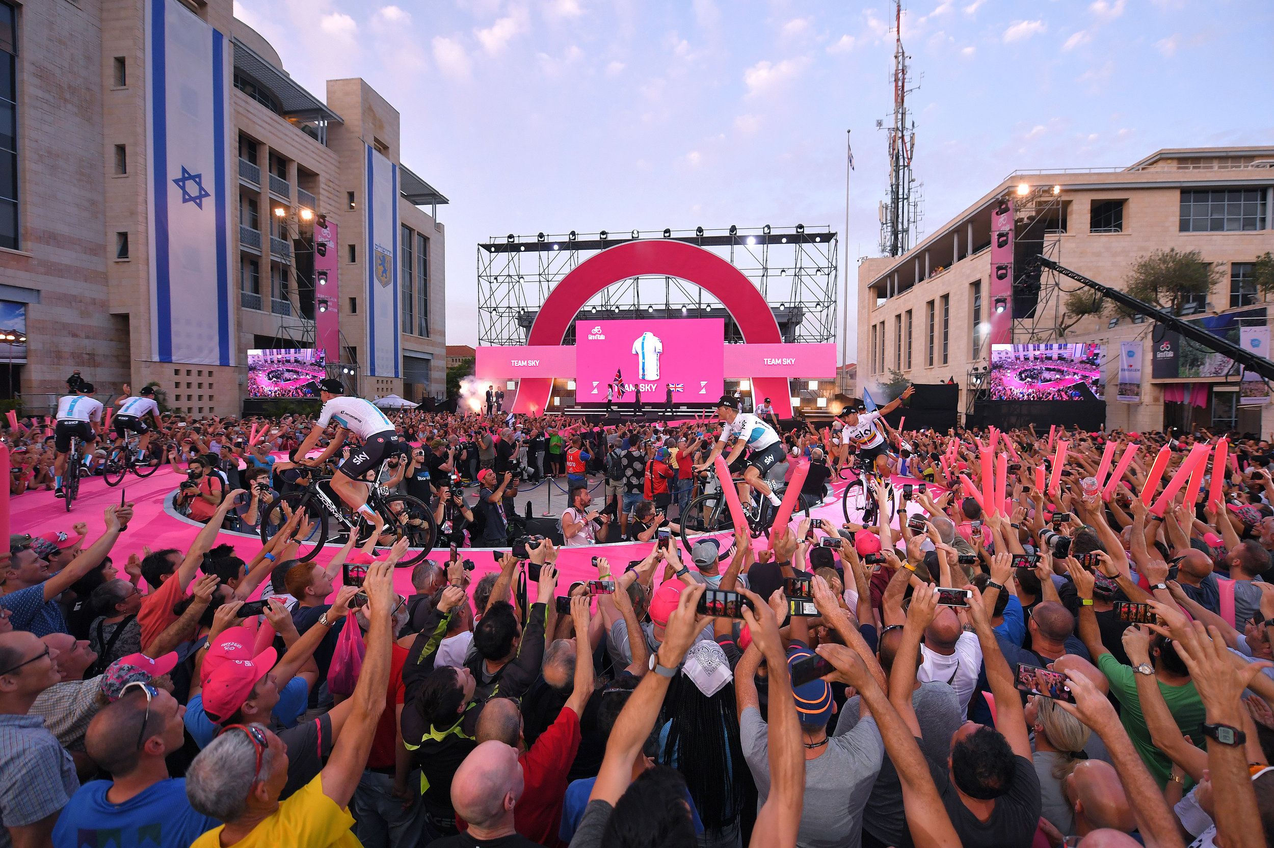 The Giro d'Italia teams presentation in 2018 (Getty Images)