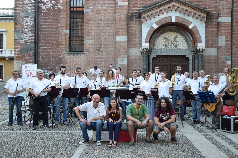 """Lo staff di """"Andante"""" con il Corpo Musicale """"San Luigi"""" di Vedano al Lambro"""