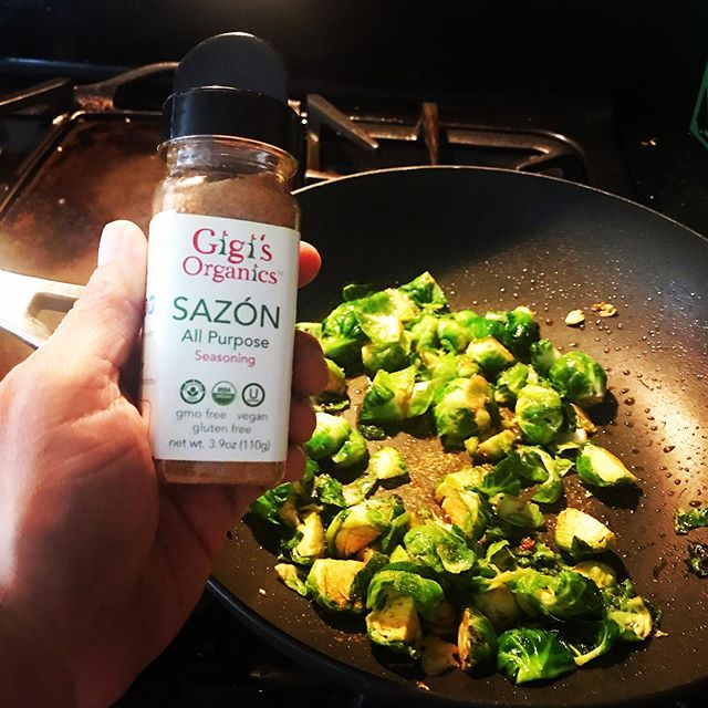@hildaruiz29 created some deliciousness with #gigisorganics Sazón Picante - hello, #flavorbomb!! Gracias for sending the inspiring pics! #eat #vegetarian #foodie #ugc  #seasoning #latina #brusselsprouts #puertorico #caribbeanfood #tastethecaribe #latinfood #recipes #inspiration #nom