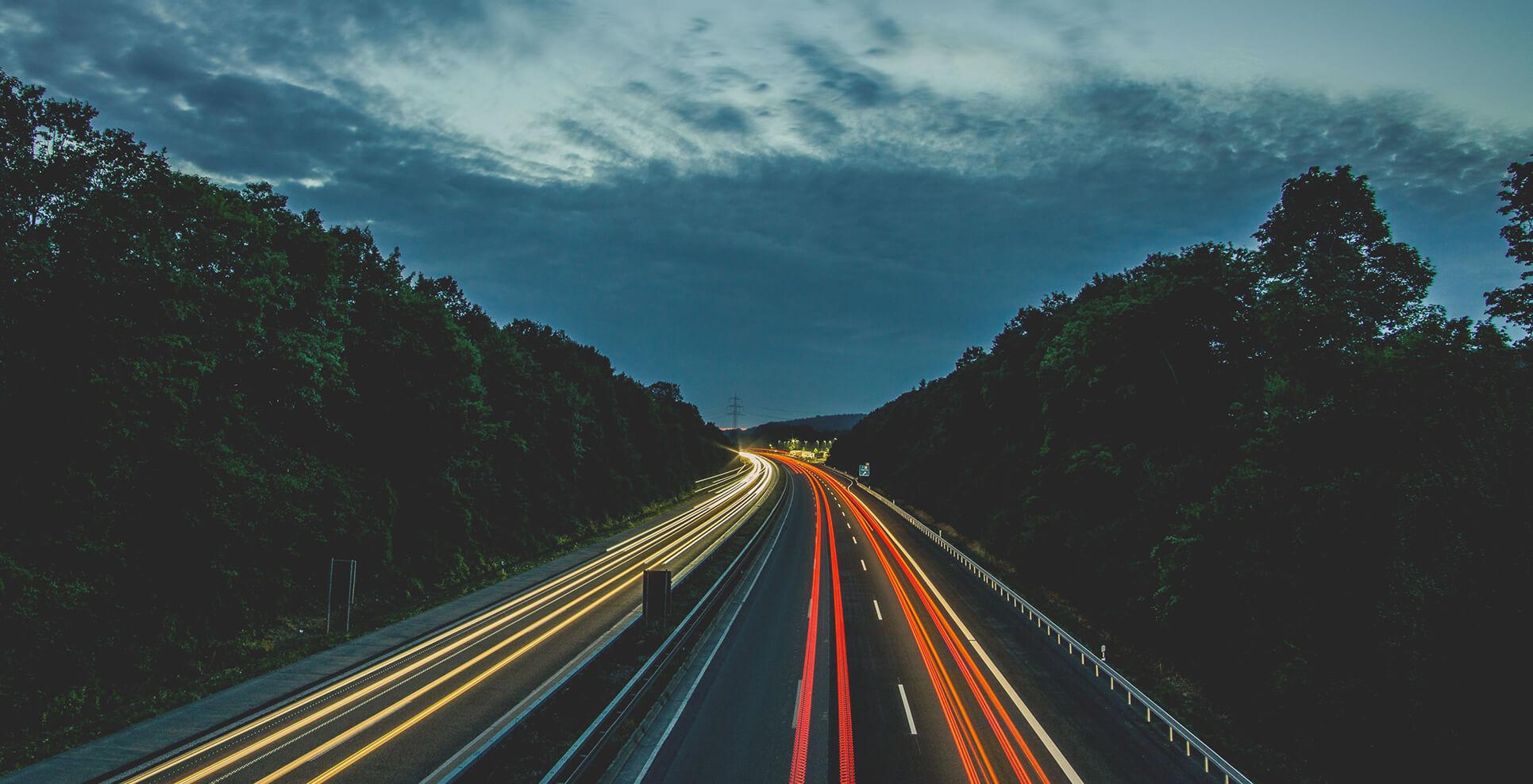 lecerclebleu-night-road.jpg