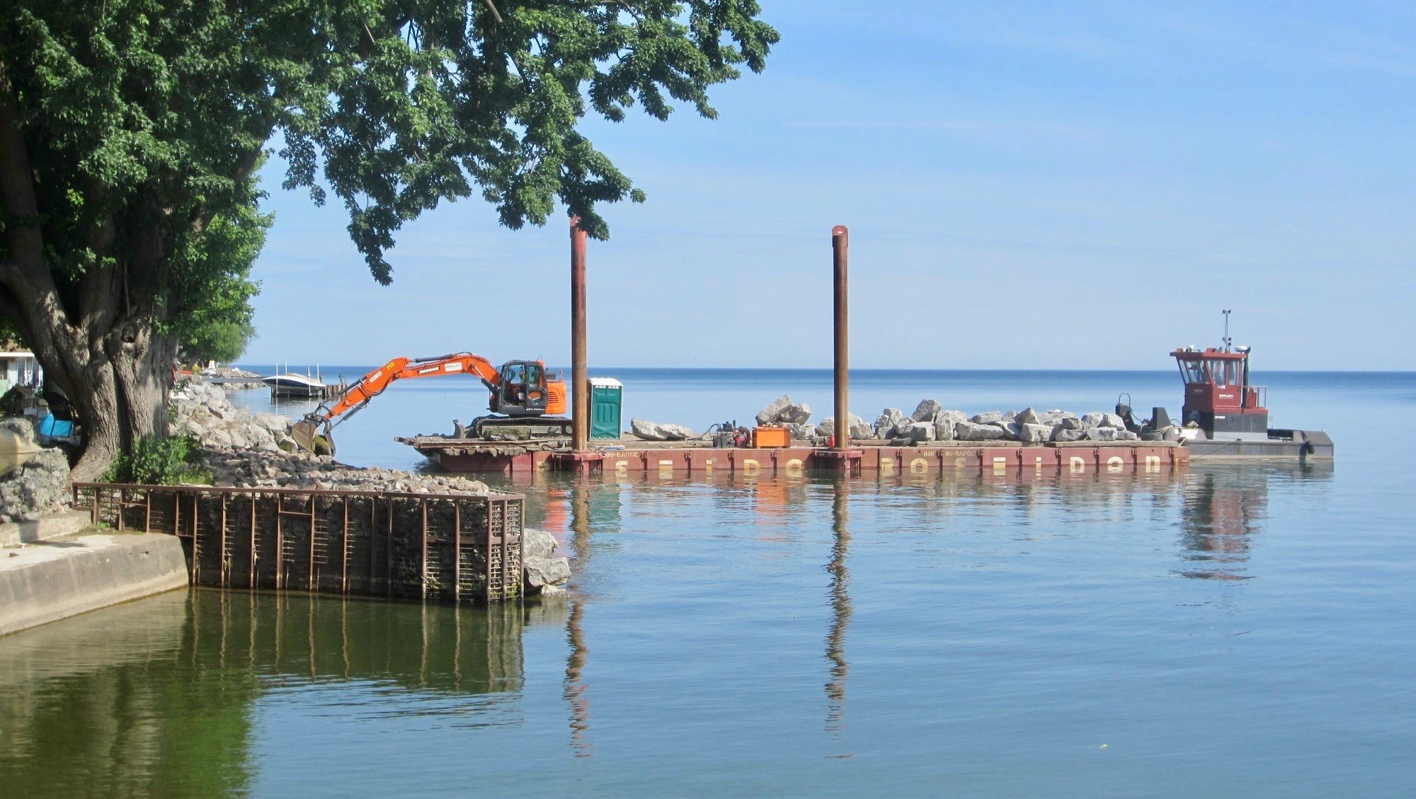 Poseidon sectional barges, Seaway Marine Group, Lake Ontario, Thousand Islands, sections, spuds