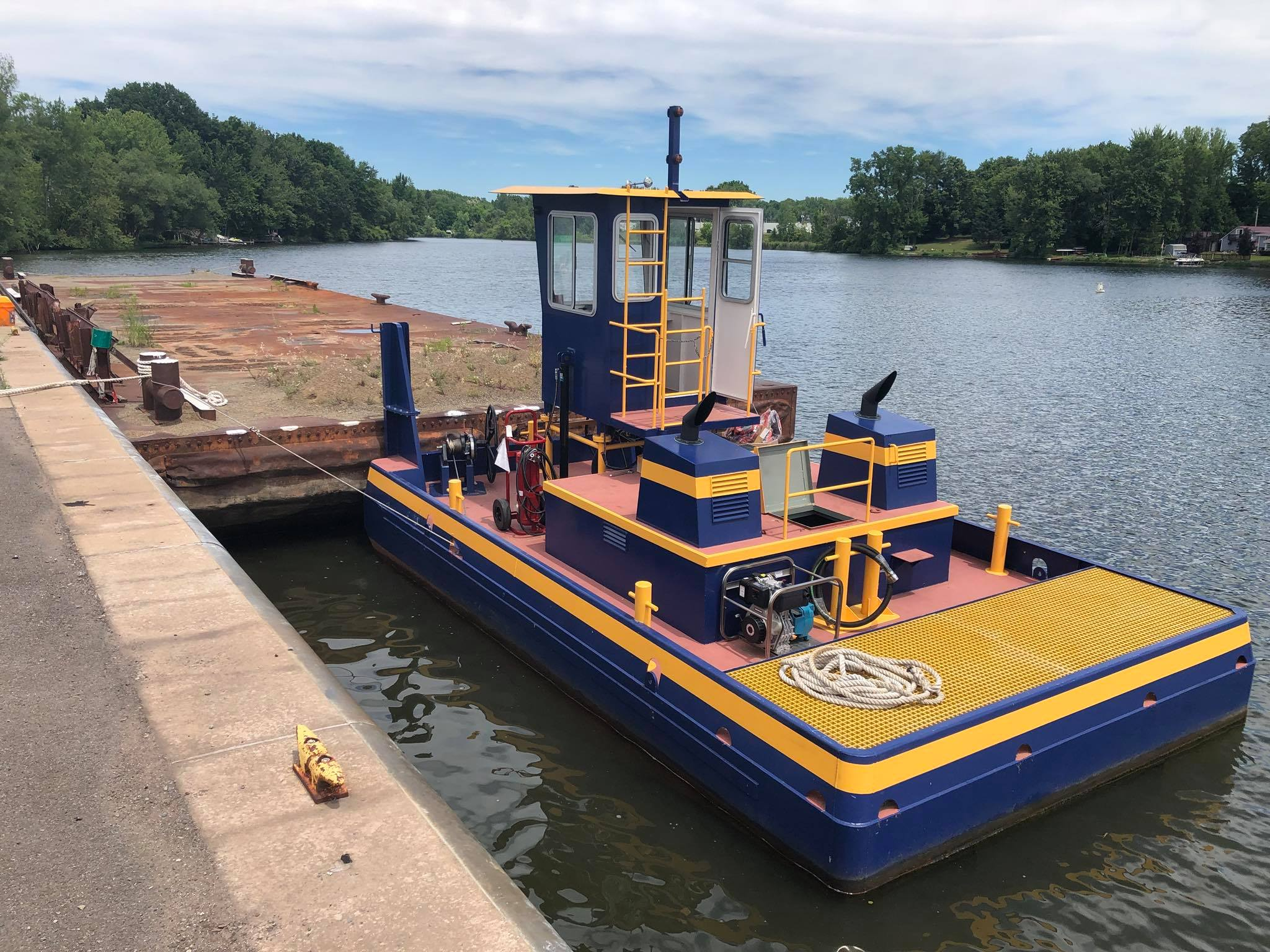 NYs canal corporation/ NY power authority - ASSEMBLY OF & TRAINING ON NEW TRUCKABLE TUGS