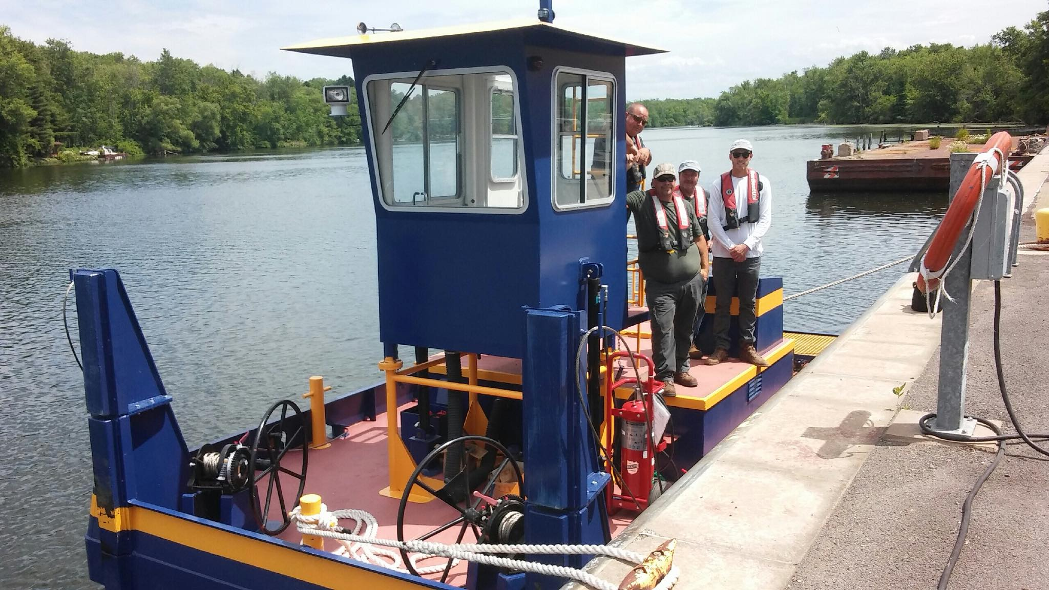 NYS Canal Corporation, NY Power Authority, Seaway Marine Group, truckable tug, Erie Canal