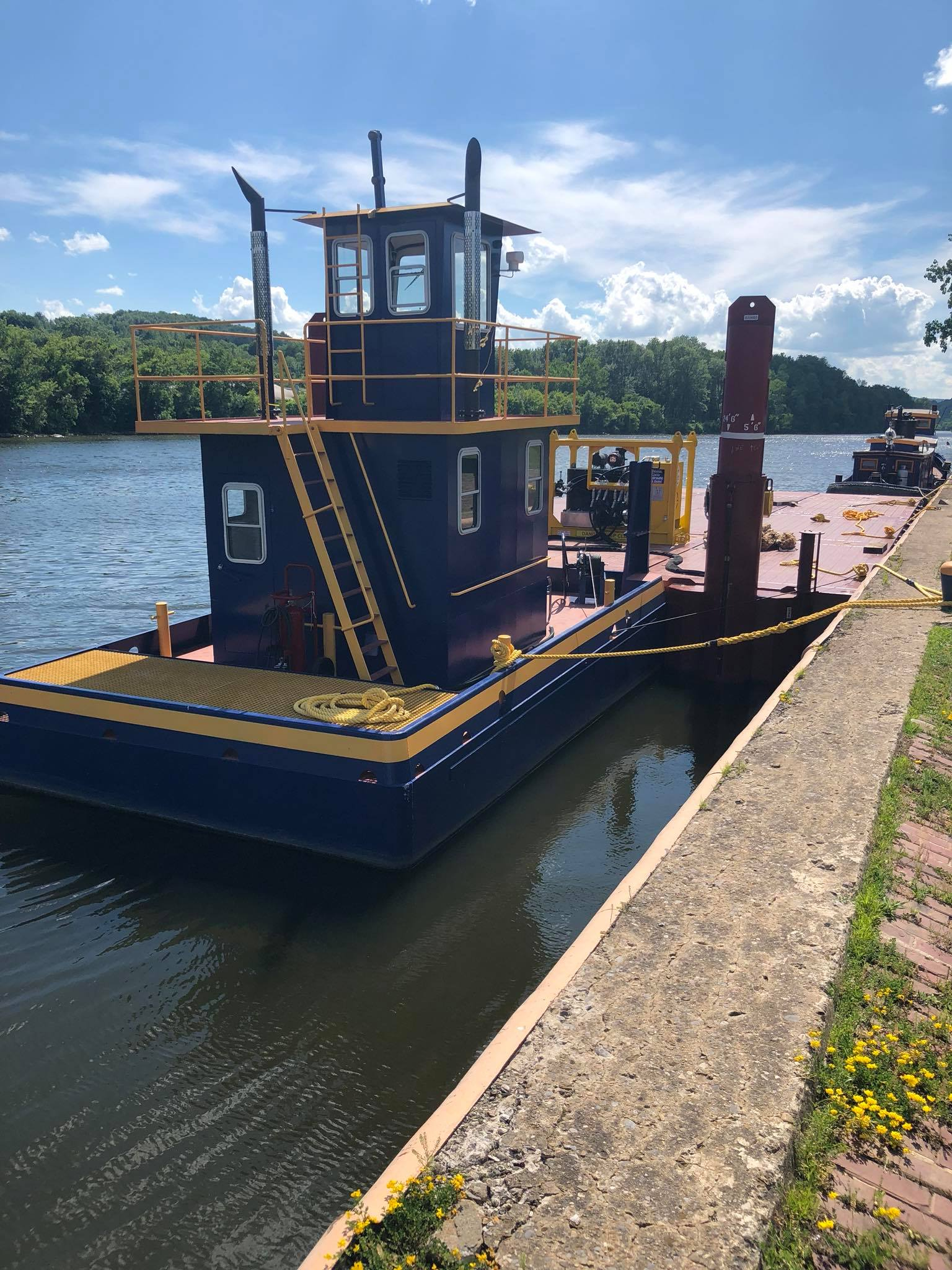 NYS Canal Corporation, NY Power Authority, Seaway Marine Group, truckable tug, training