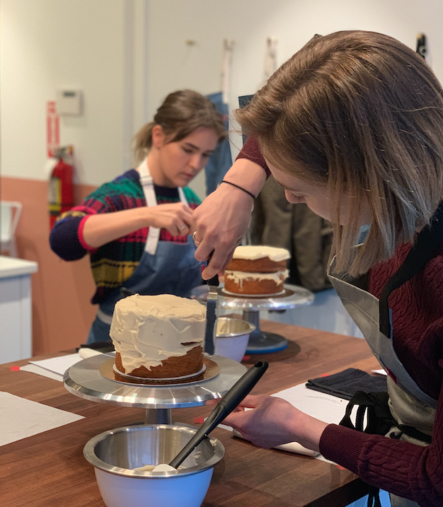 Intro to Cake Decorating Class