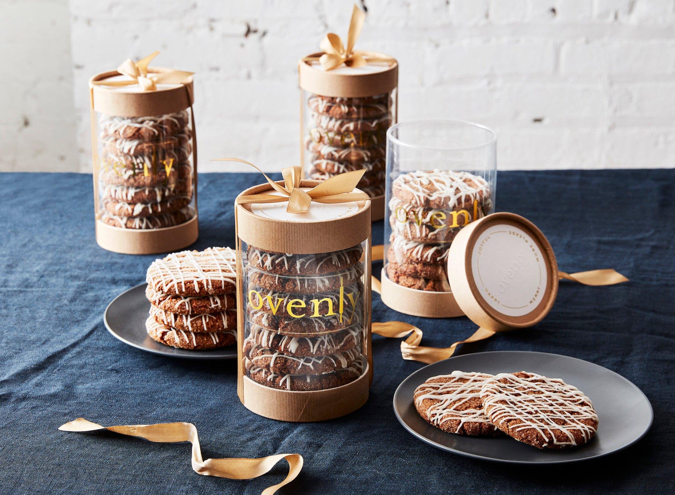 Snowflake Molasses Cookies & Packaging
