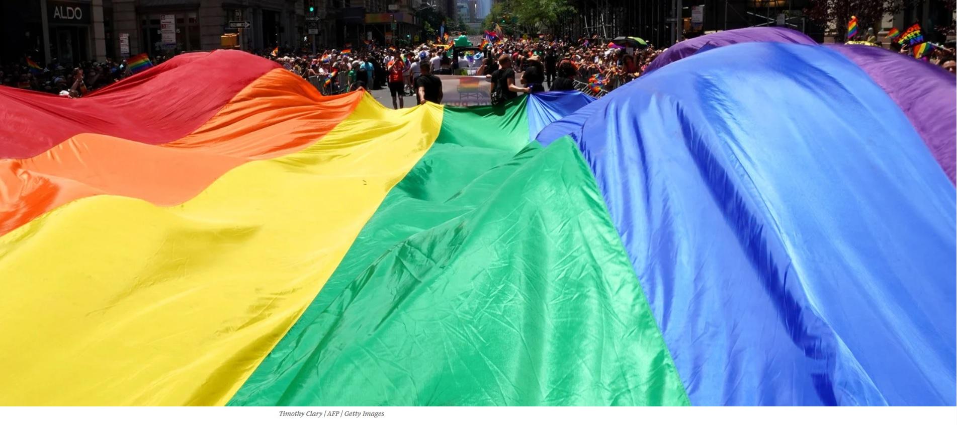 pridewave.jpg