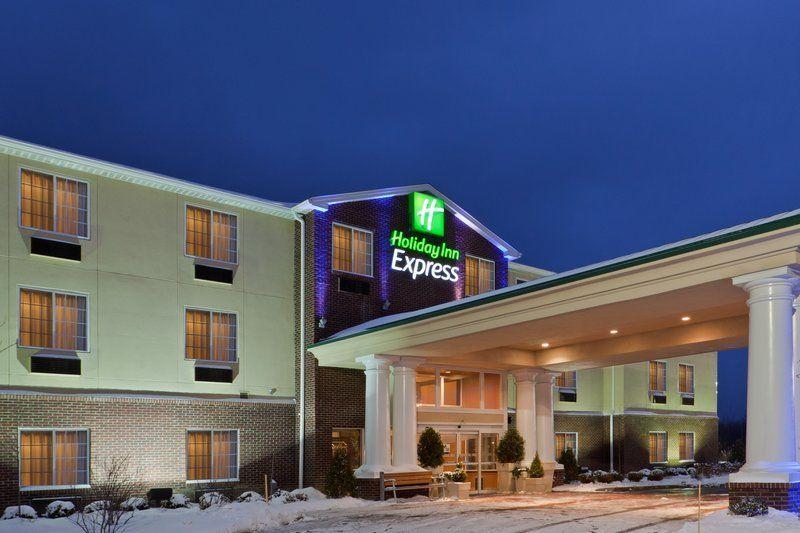 Holiday Inn Express & Suites Ashtabula-Geneva - (440) 275-20201831 Austinburg Rd, Austinburg, OH 44010