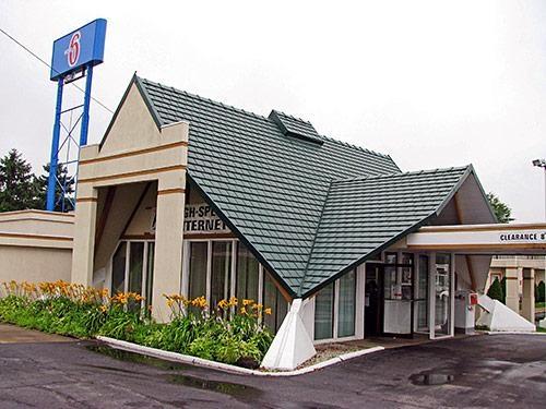 Motel 6 - 1715 S Broadway, Geneva, Oh(440) 466-1168