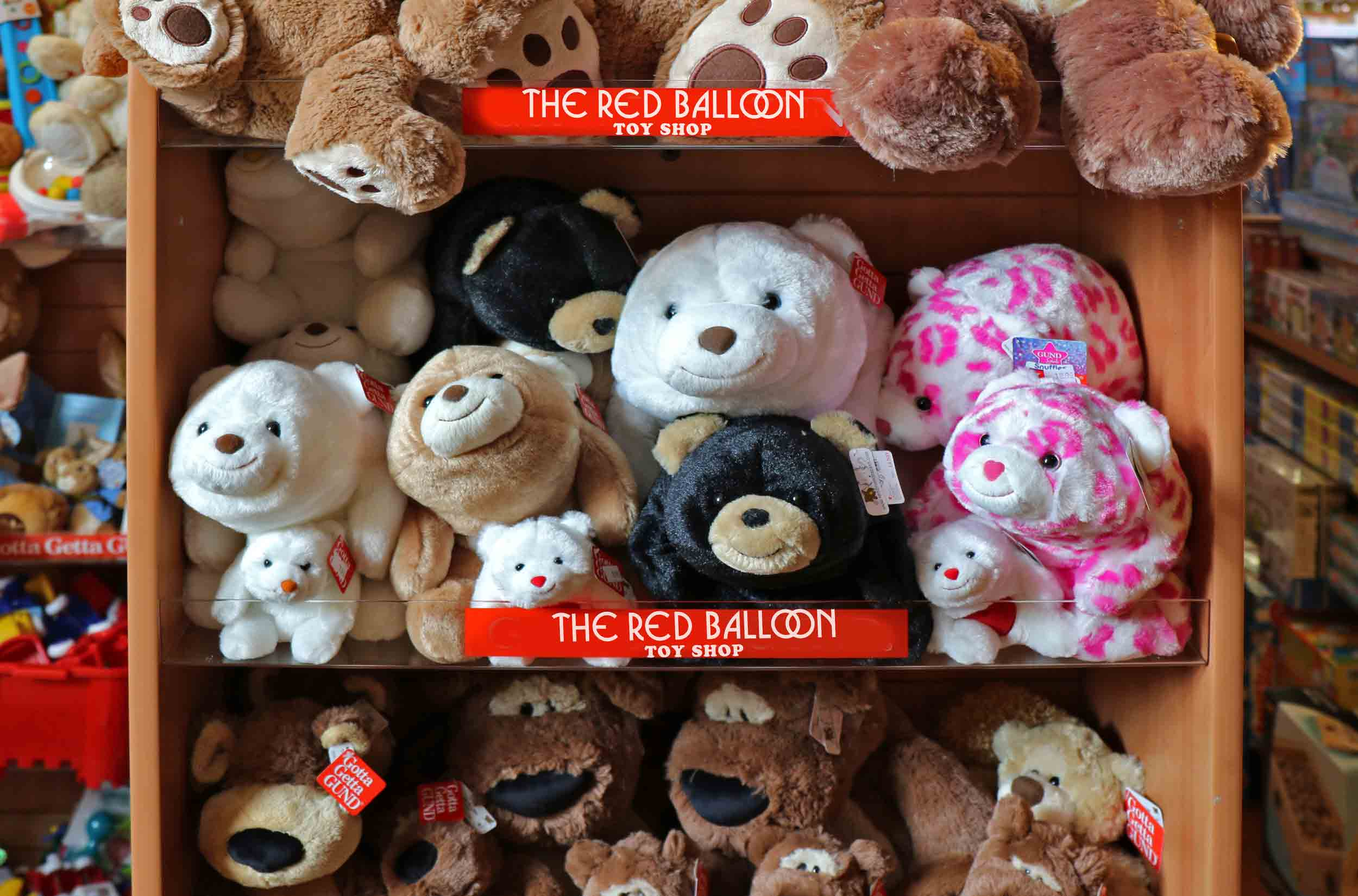 The-Red-Balloon-Toy-Shop-Stuffed-Animals-Cape-Cod.jpg