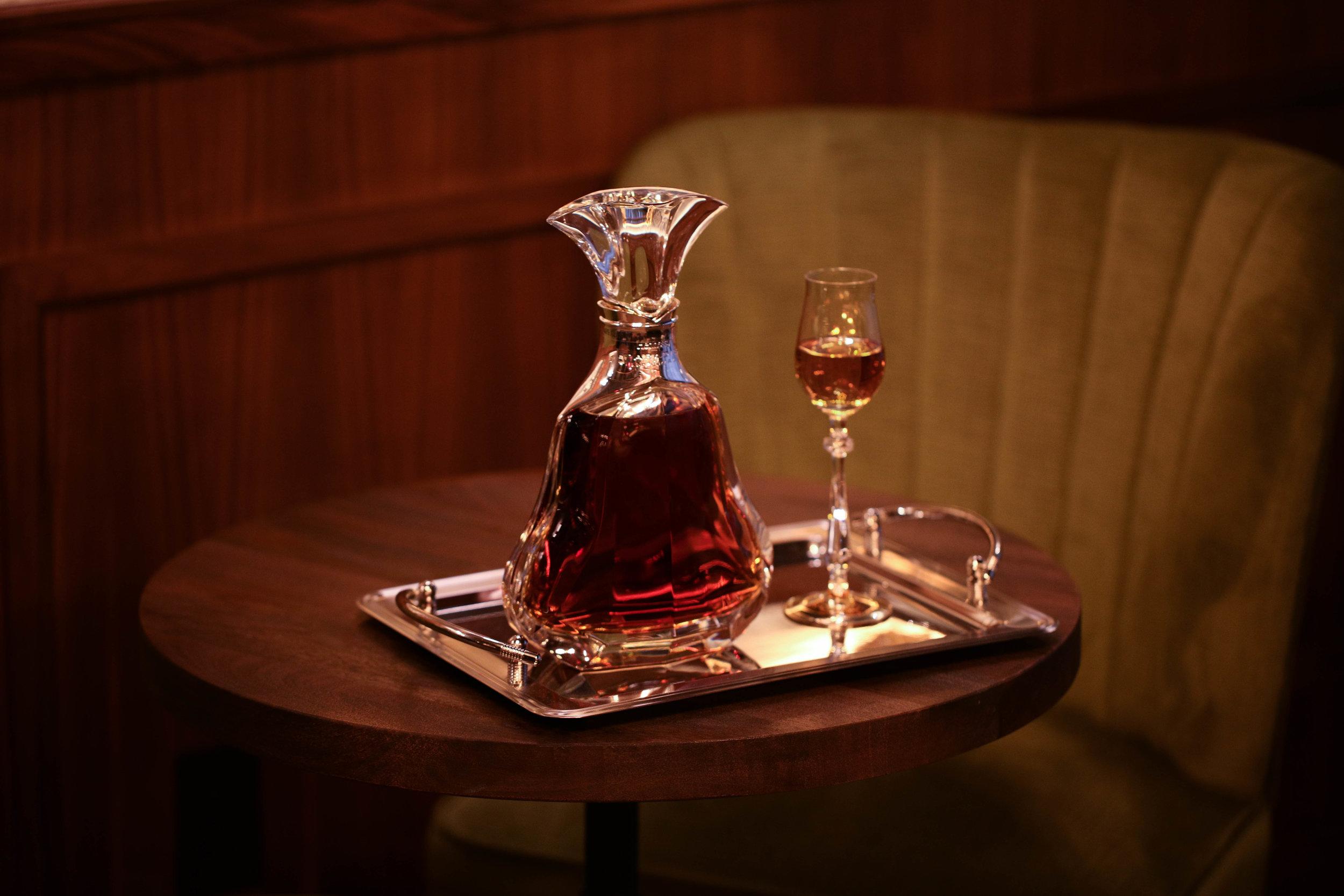 Hennessy Paradis-2.jpg
