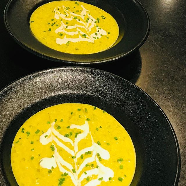 Curried zucchini vichyssoise