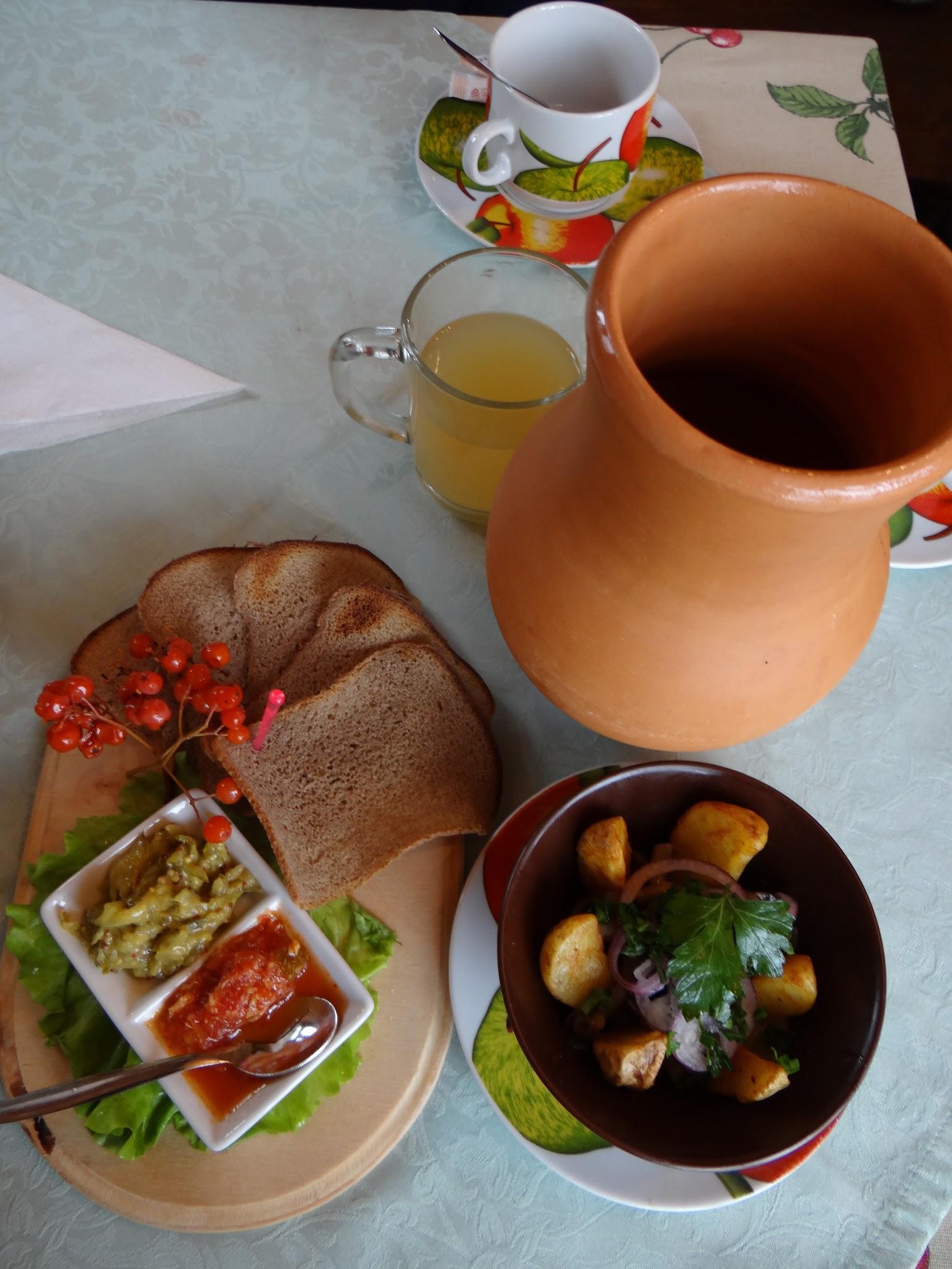 russian cuisine suzdal.jpg