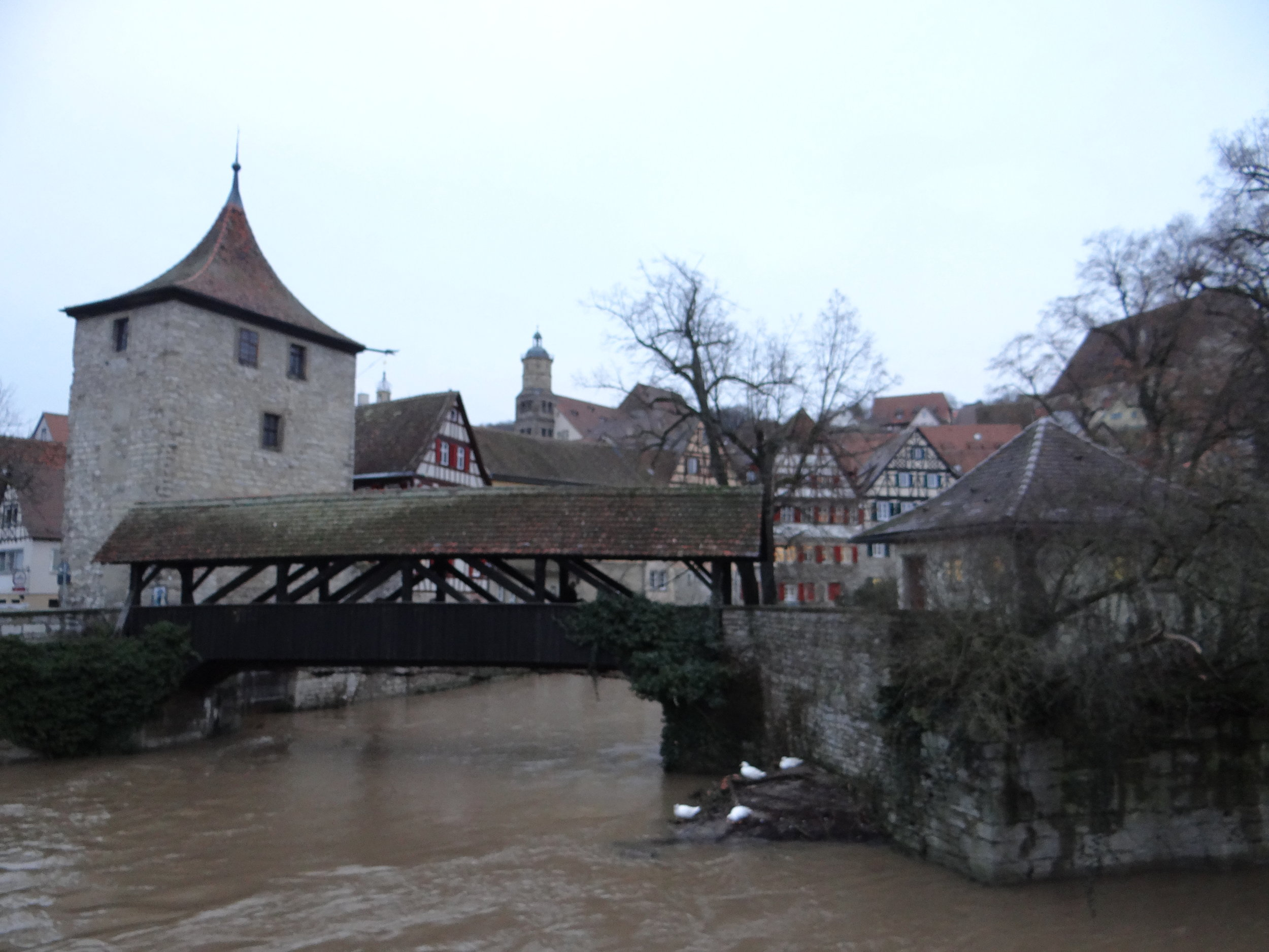 bridge river kocher schwabisch hall.JPG