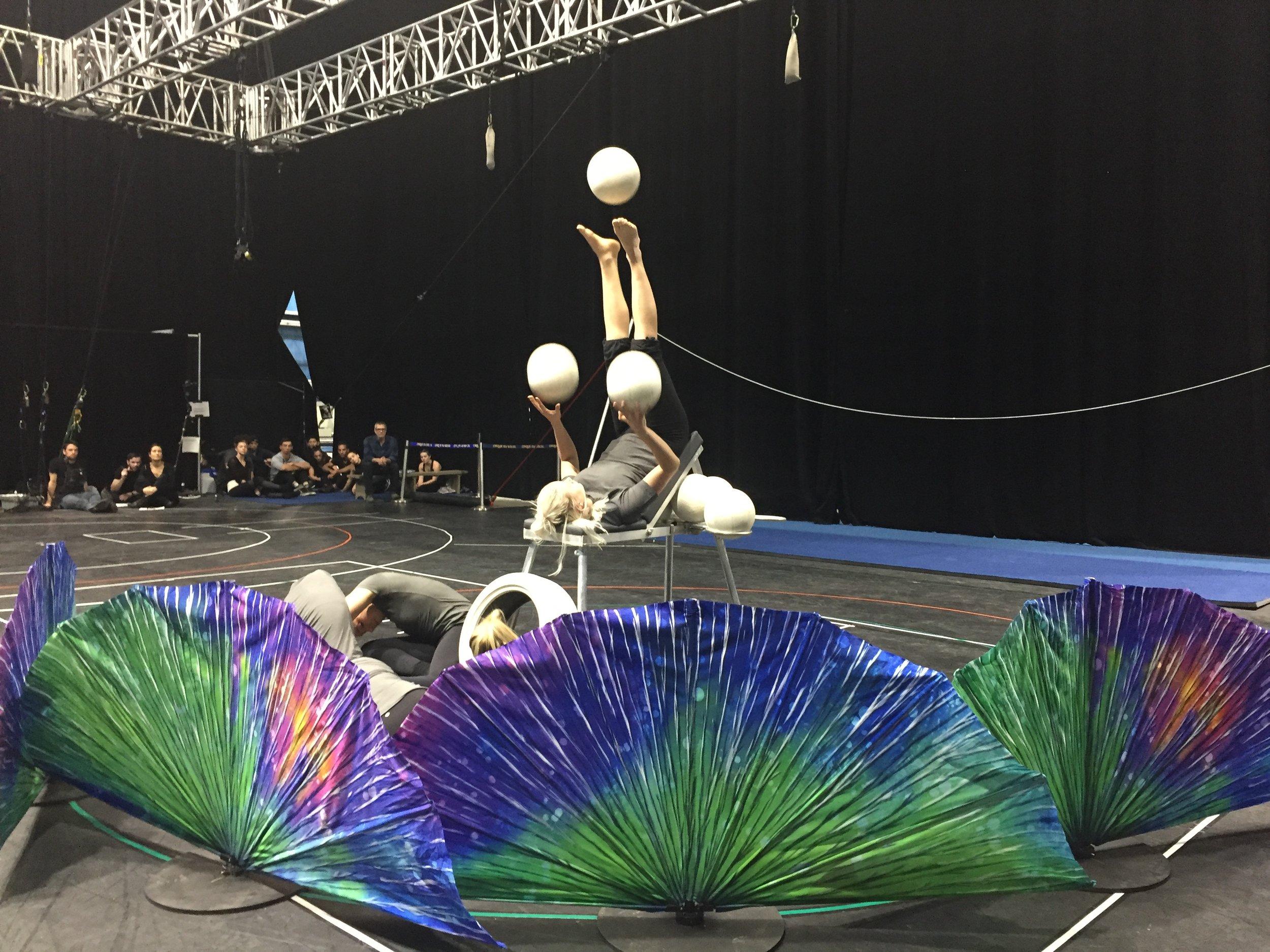 cirque du soleil show juggling.JPG