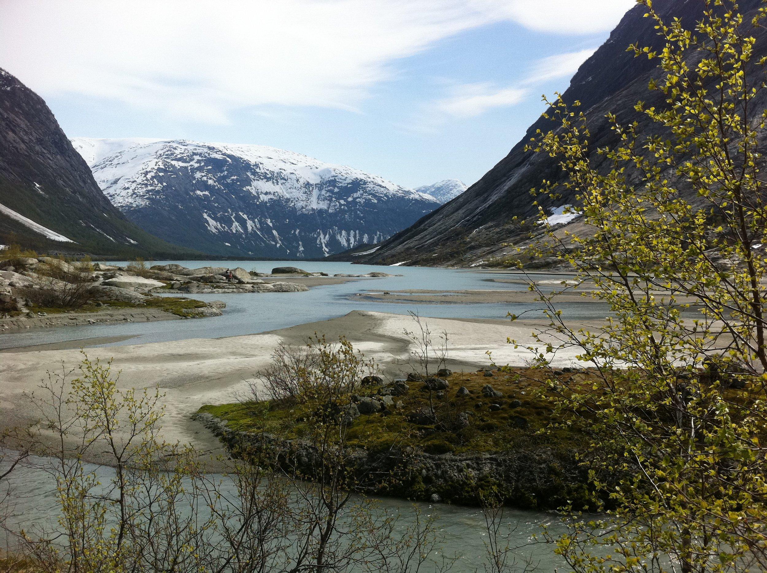 jostedal valley.JPG