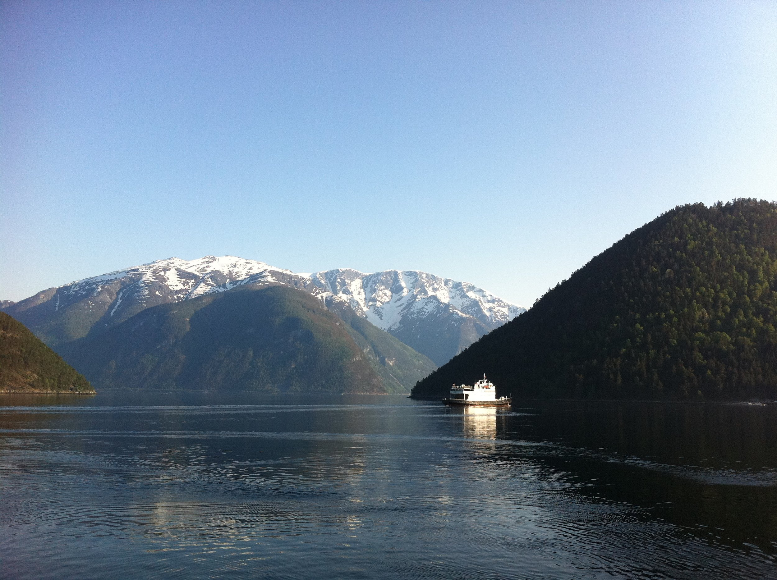 It is faster and more convenient to cross the Sognefjord by ferry than drive around it