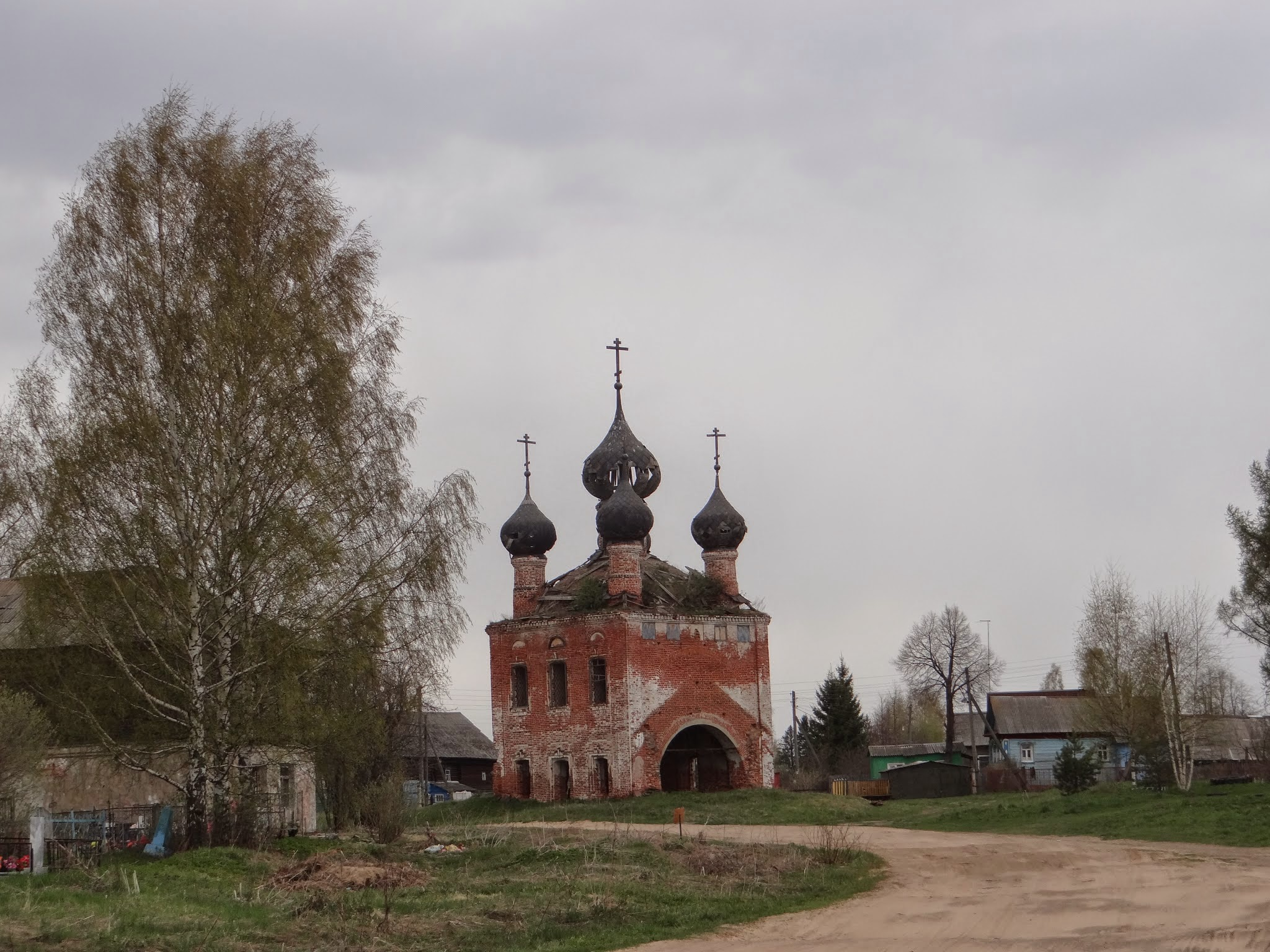 vyatskoye church.JPG