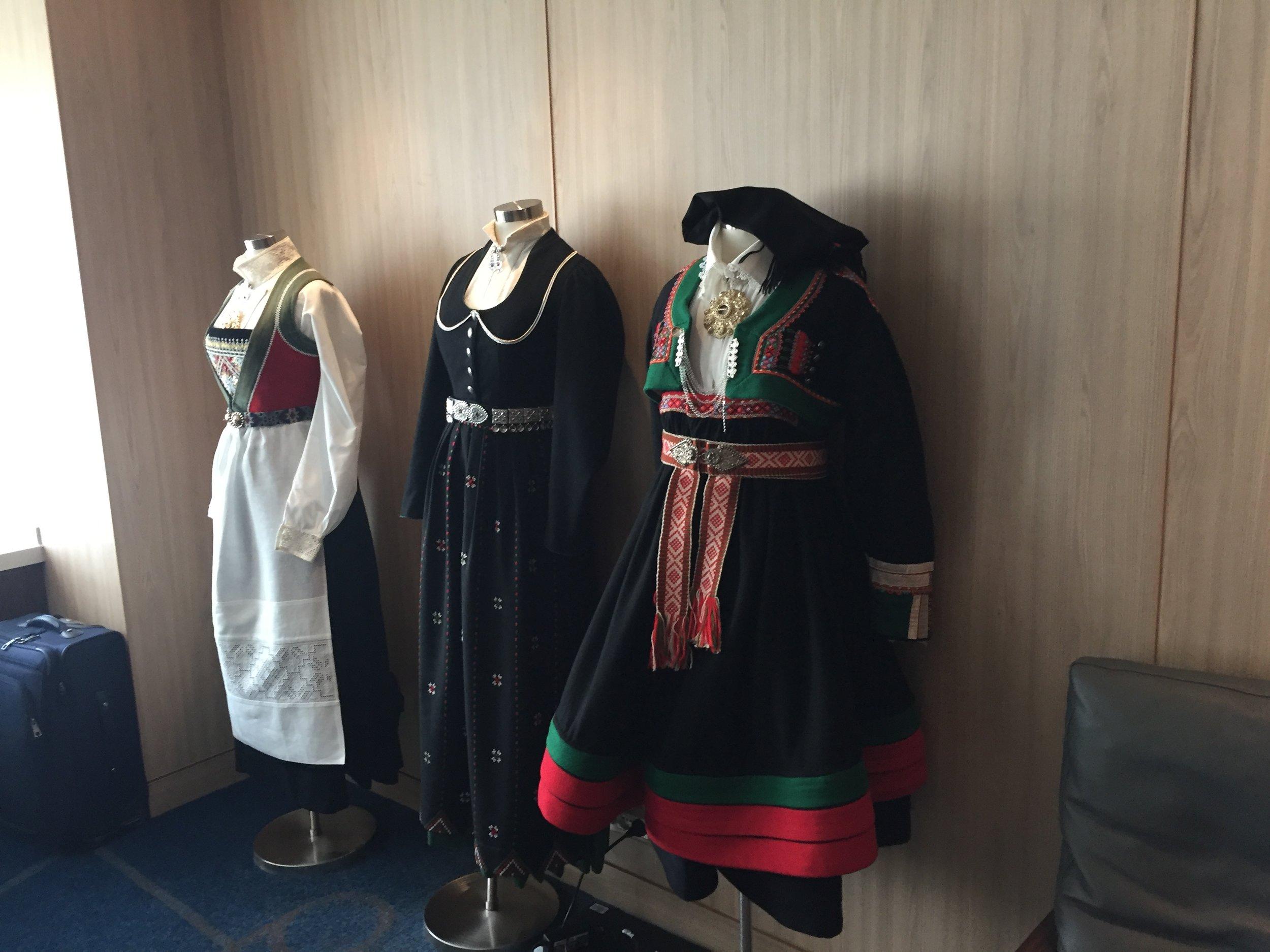 norwegina costumes viking orion.JPG