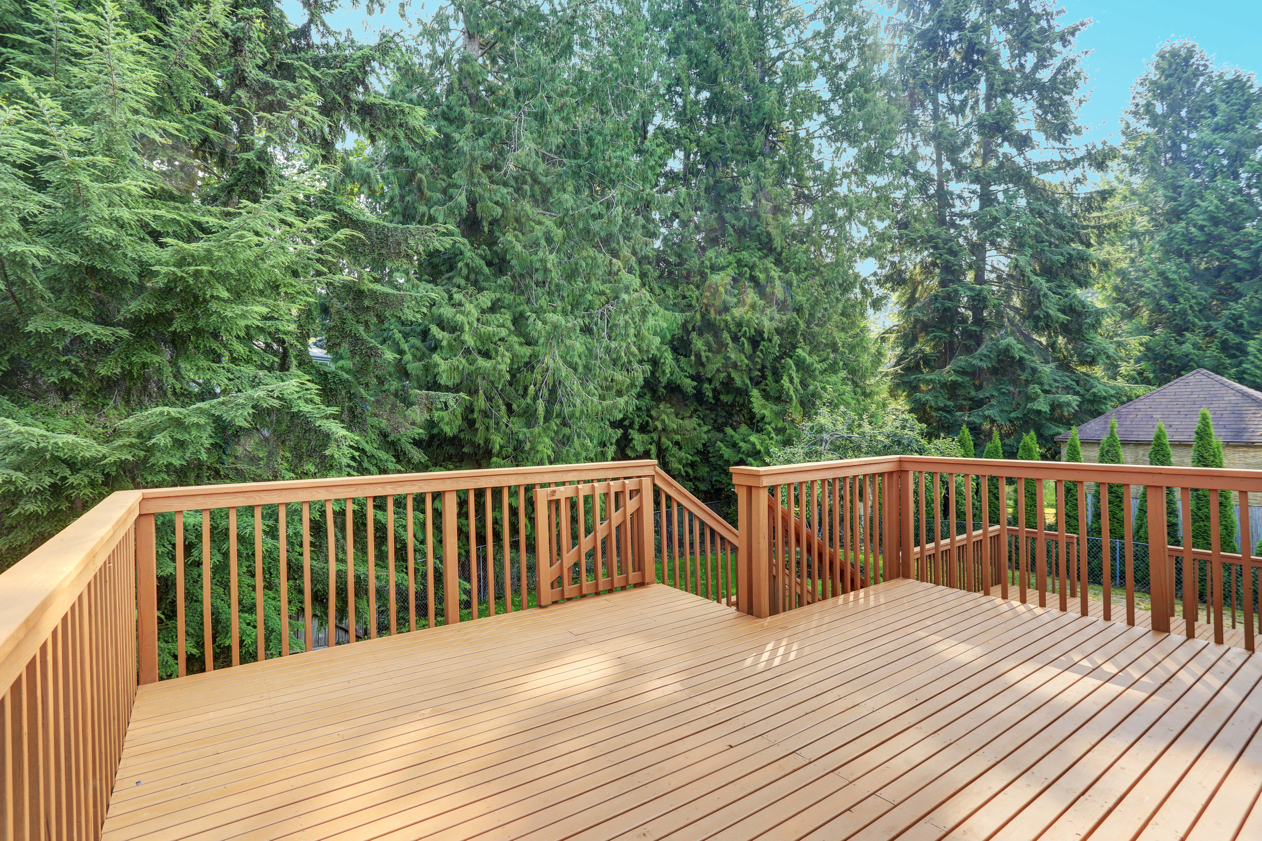 Country-Lumber-Decking-Materials.jpg