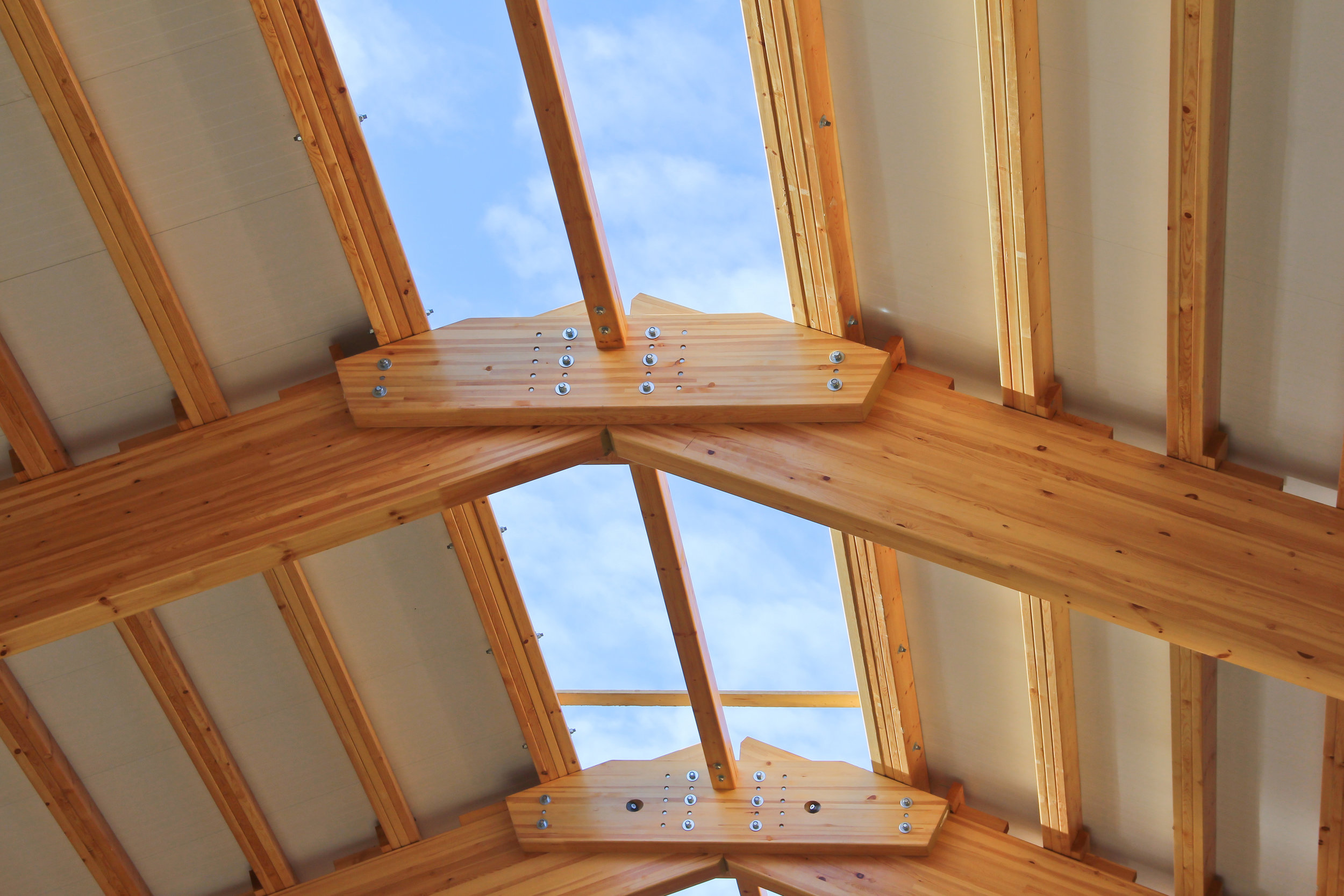 Country-Lumber-Engineered-Wood-Beams.jpg