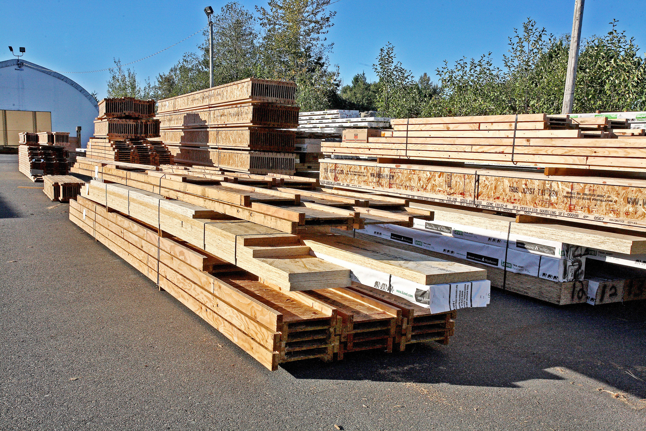 Country-Lumber-Engineered-Wood.jpg