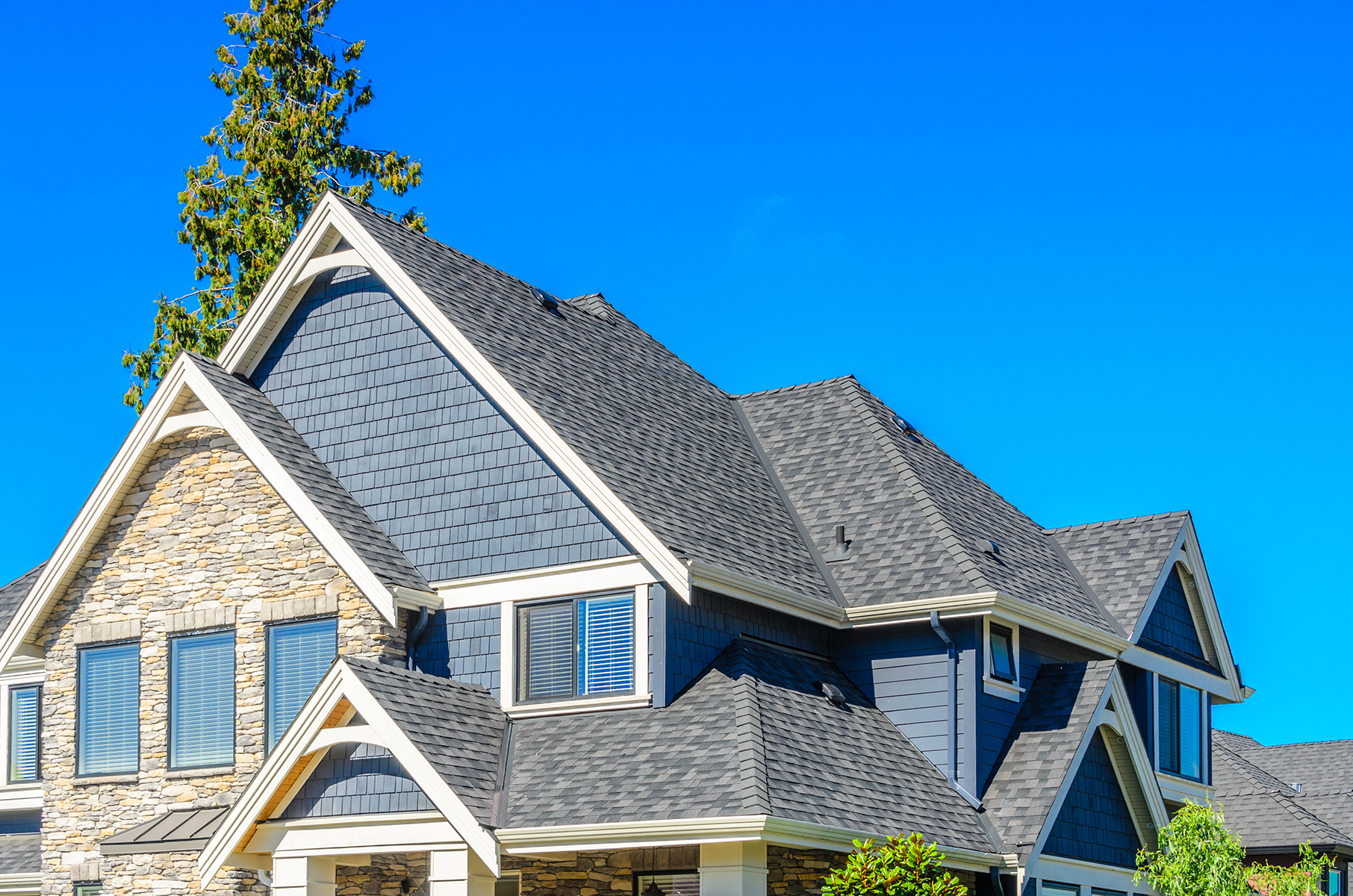 Country-Lumber-House-Roofing.jpg