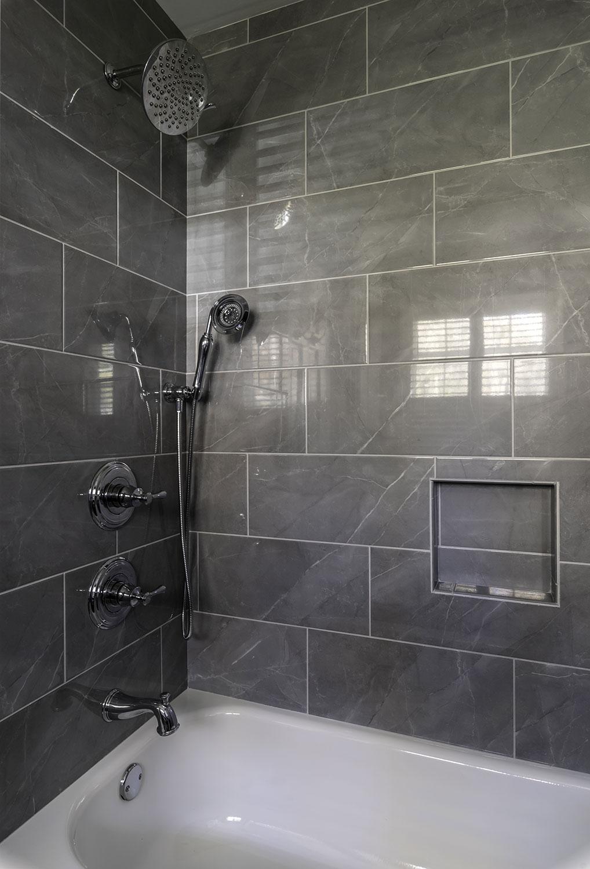 019_Hodge_Bath.jpg