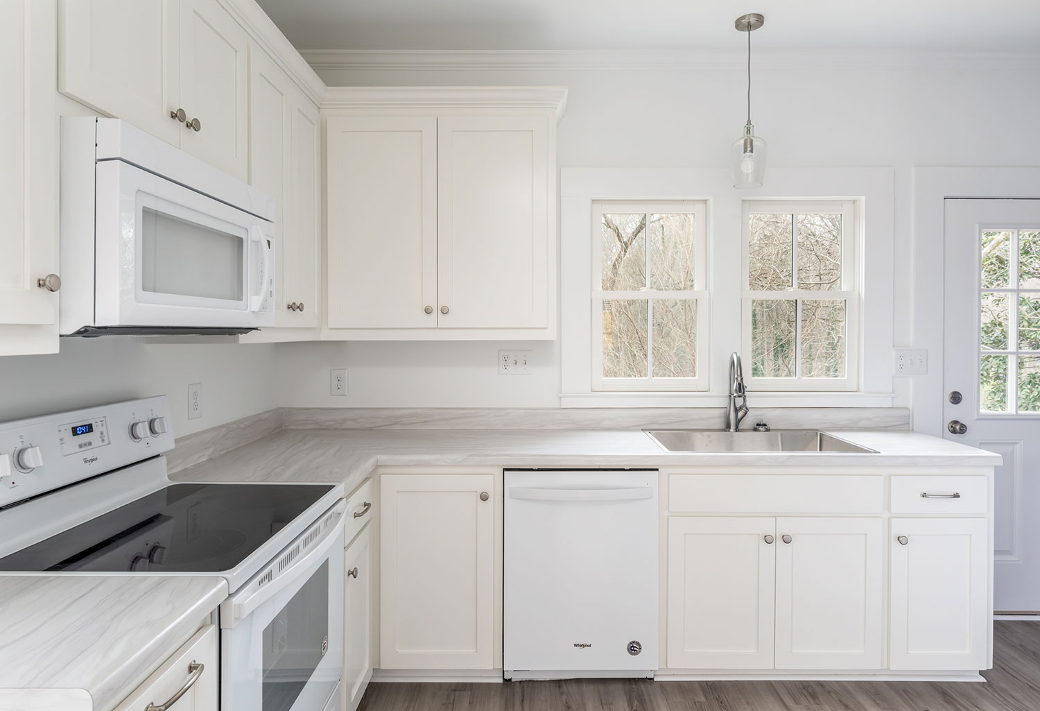 kitchen-2-low-res.jpg