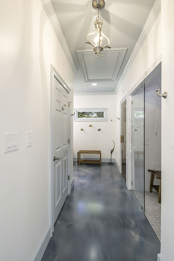 hallway-in-bathroom-high-res.jpg