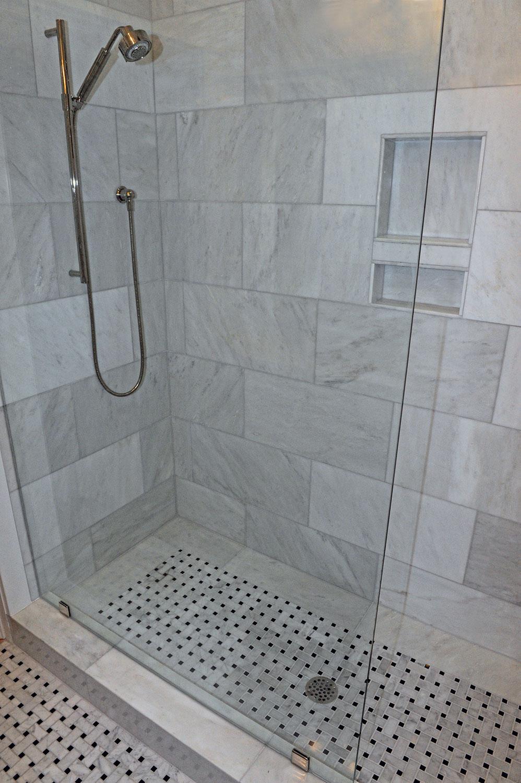 Bathroom_Hodge.jpg