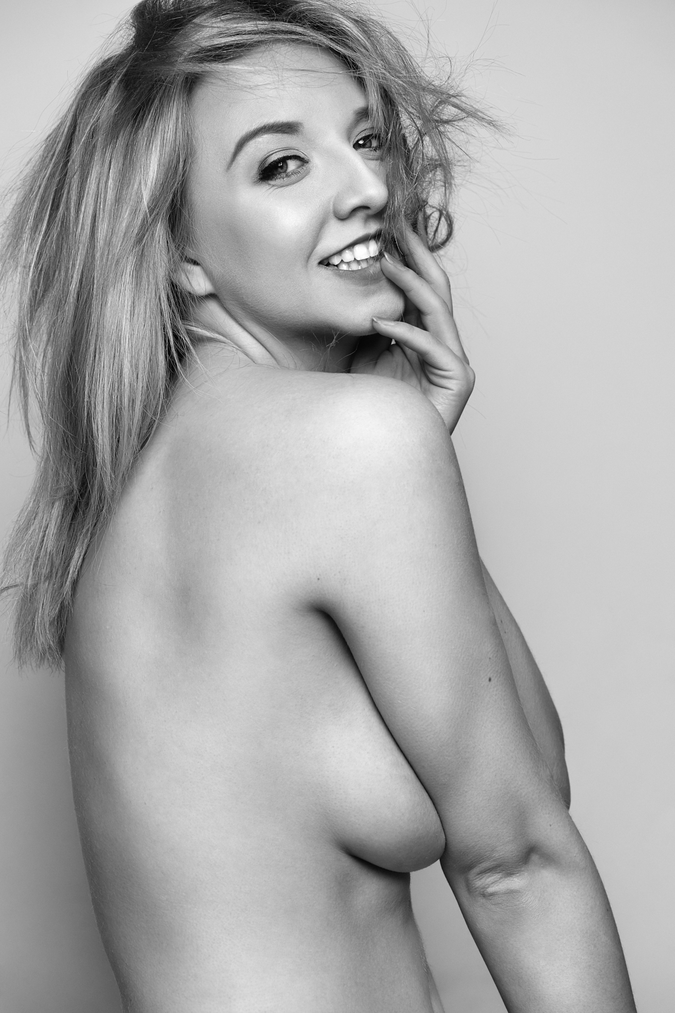 Nicole 197 2.jpg