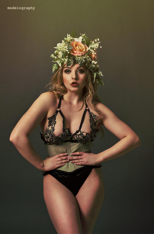 Stunning, handmade Headdresses - by https://www.instagram.com/ccmillinerycreations/<<<<designer of this amazing piece.