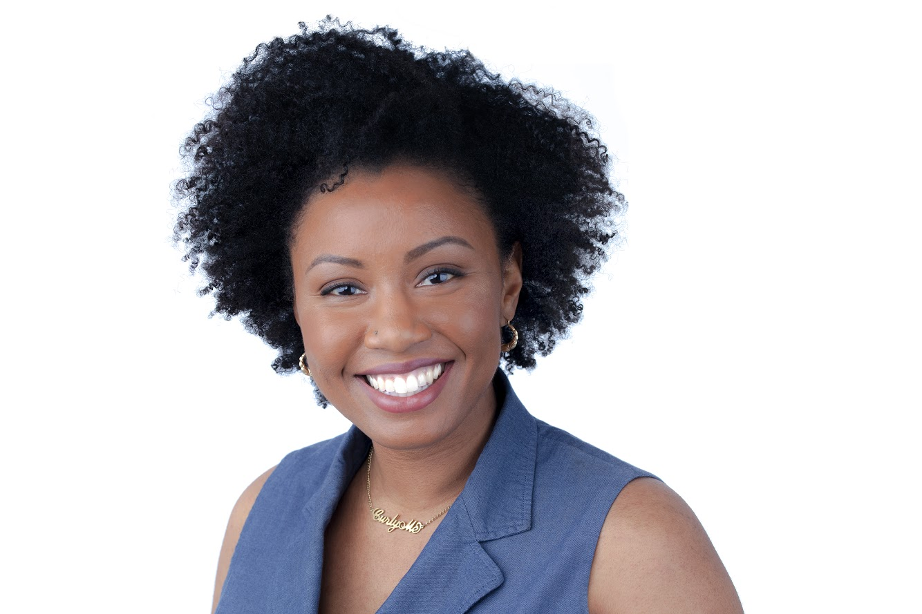 Founder of Curly Me! Alyssha Dairsow