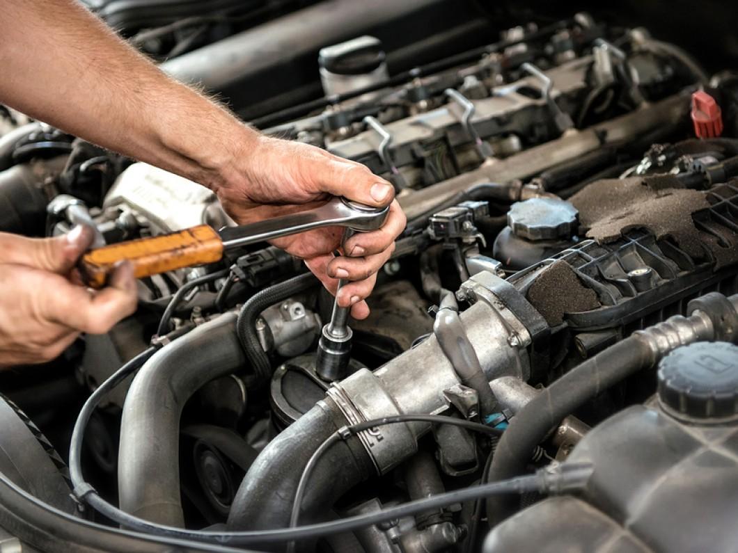 mechanic auto repair houston tx.jpg