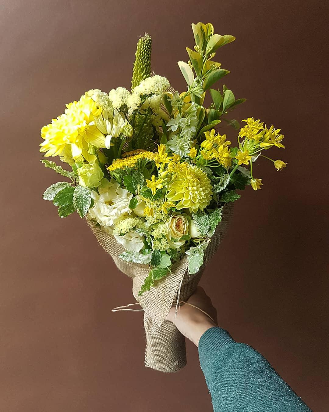 @petalon_flowers.jpg
